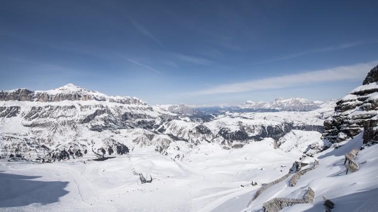 Panoramic view of the mountains from Porta Vescovo Dolomiti Resort,Arabba