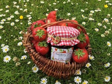 strawberry-jam-2516572_1280