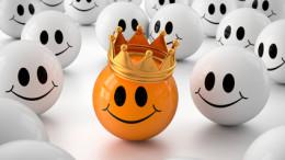 3d Smiley mit Krone, der Kunde ist König
