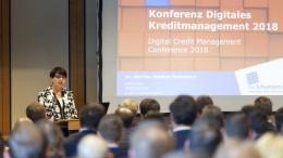 Dr. Martina Staedtler-Schumann eroeffnet Konferenz