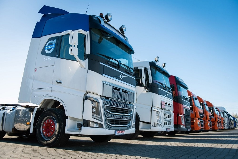 Volvo Truck Dealer >> Used Trucks And Trailers For Sale At Arrow Truck Sales Europe