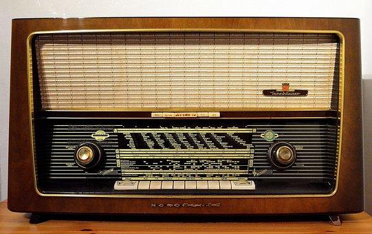 radio-1954856__340