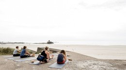 Bunker yoga